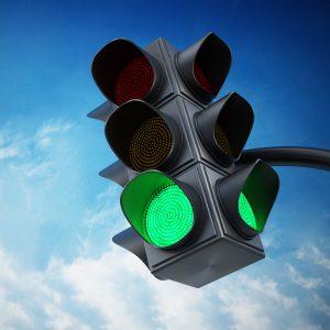 Eine grüne Ampel als Zeichen dafür dass die Fahrangst besiegt werden kann